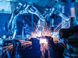 UK manufacturers begin to feel pinch of supply chain constraints