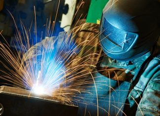 Manufacturing production at fastest growth since 1995