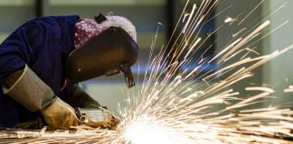 UK manufacturers report strong overseas and domestic performance