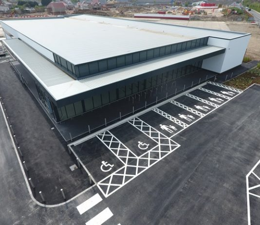 Castlehouse Construction hands over £1.7m supermarket